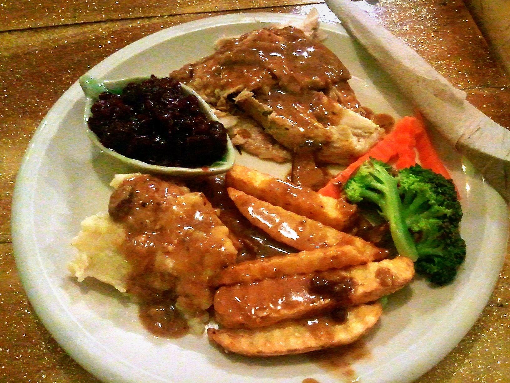 Cat-House-Thanksgiving-Dinner